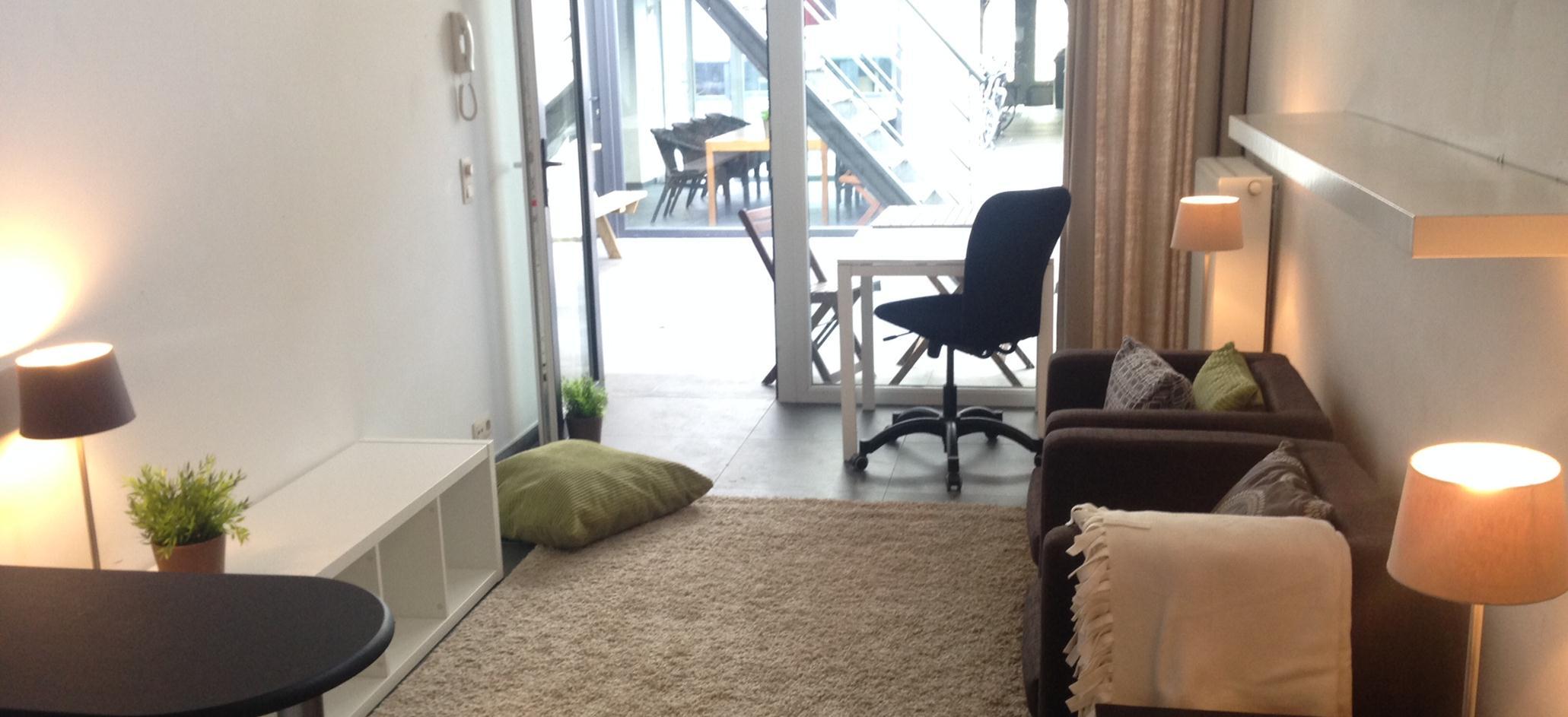 studio 11, identiek aan 12,13 en 14. Allen hebben een afzonderlijke slaapkamer en een privé terrasje