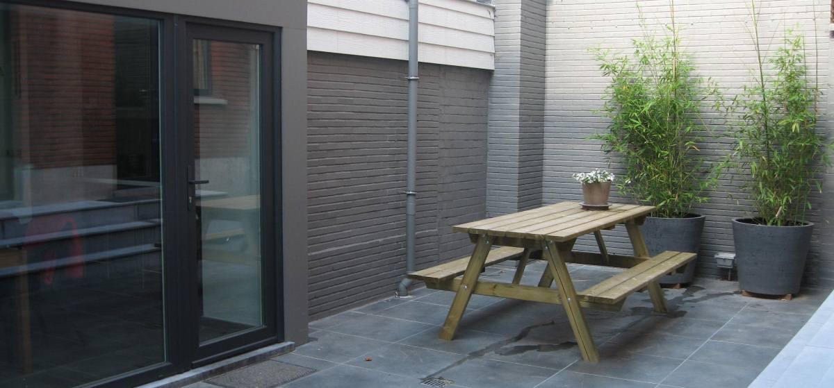 de binnenplaats nét voor je studio